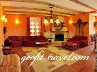 Hotel Cedars